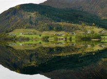google-maps-envia-error-turistas-fiordo-noruego-solitaria-aldea-30-kilometros-destino_fotonoticia_20170509174151_660