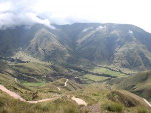 Cuesta_del_obispo_01 acceso a Valles calchaquíes