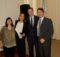 María Belén junto a sus padres y el decano de Ingeniería, Horacio Frene