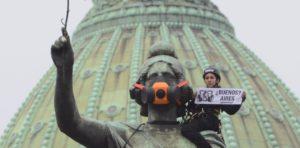 una-protesta-de-greenpeace-en___ryBG2XD1m_1256x620__1