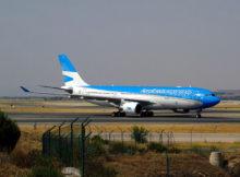 Airbus_A330-200_(LV-FVH)_de_Aerolíneas_Argentinas